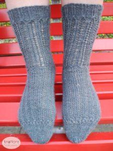 raskob-socks-both-on-bench