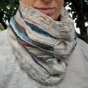 Amarres Cowl by Valérie Verrier
