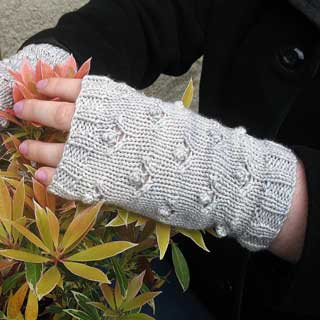 Winter's Garden Mitts by Karen Fournier