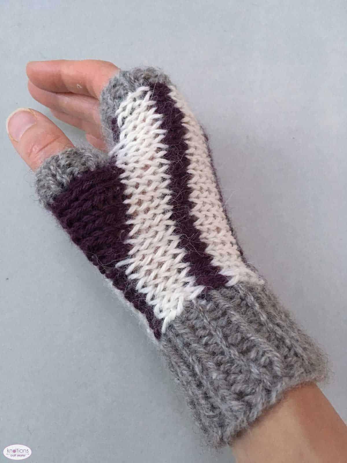 scrap-dealer-fingerless-mitts-3