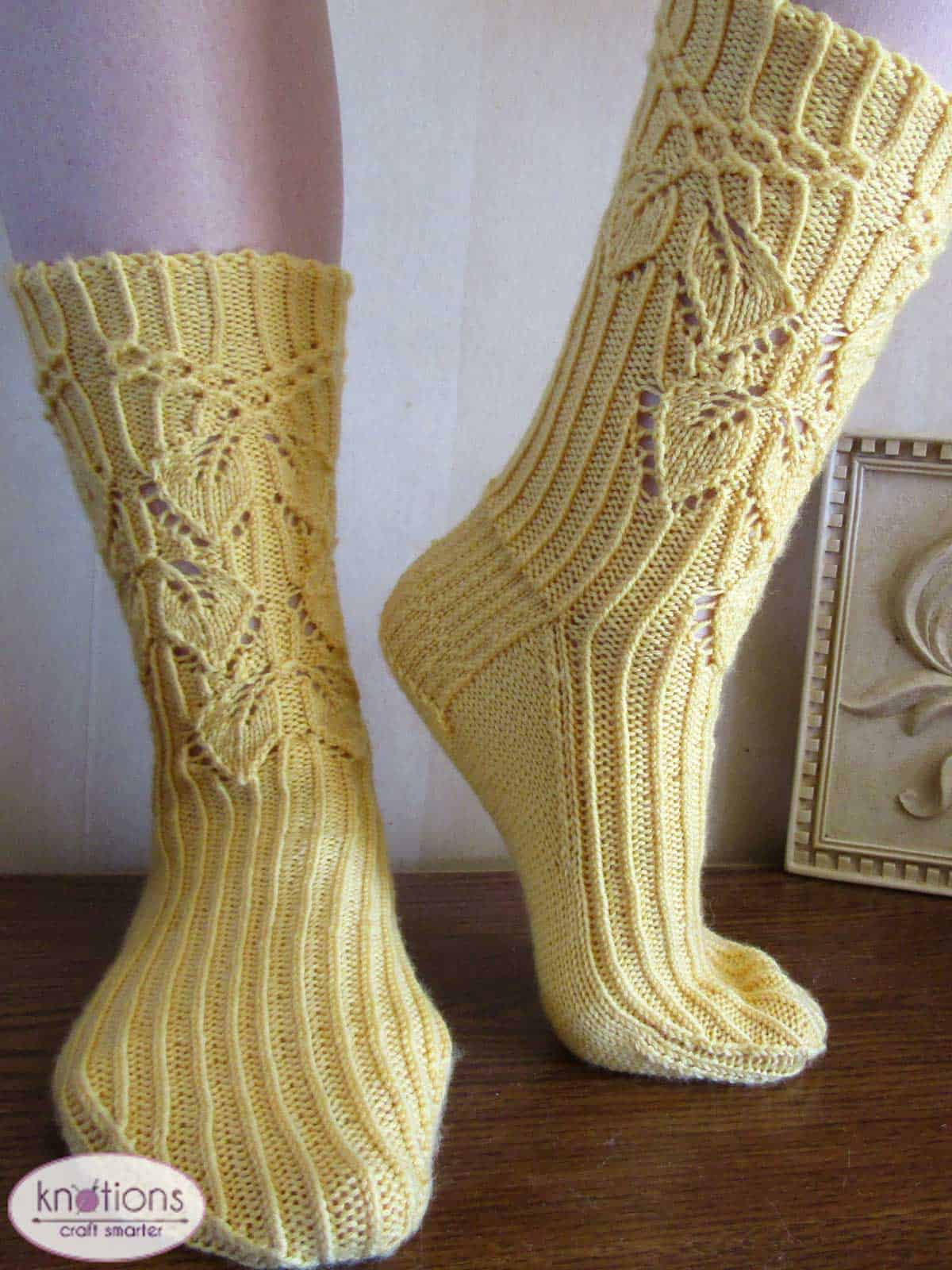 smocked-leaves-socks-3