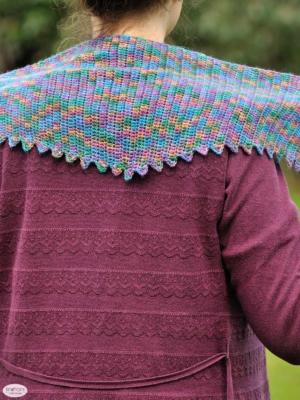 stegosaurus-shawl-2