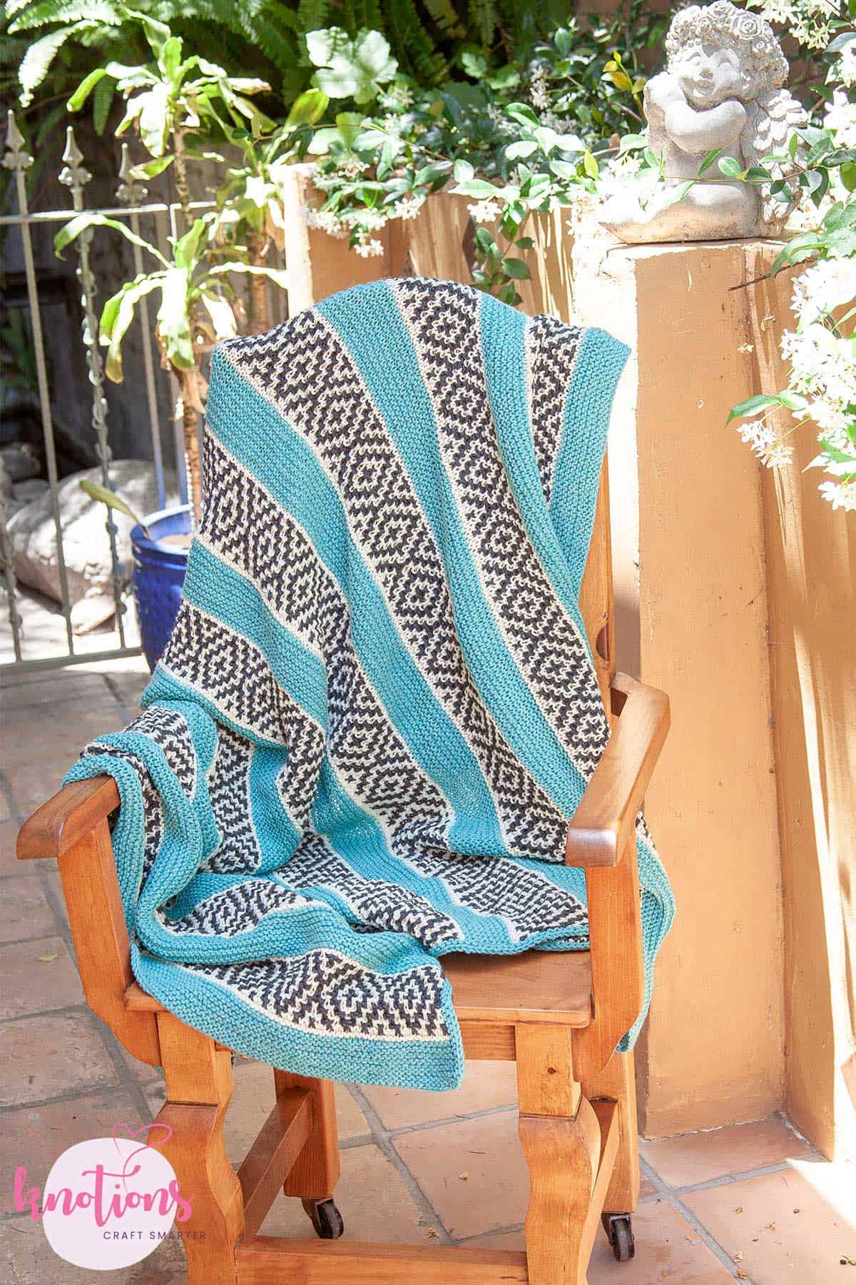 cozy-spot-blanket-3