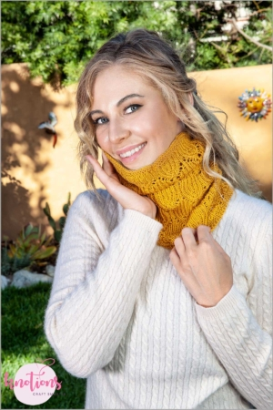 bells-cockleshells-cowl_small_2c