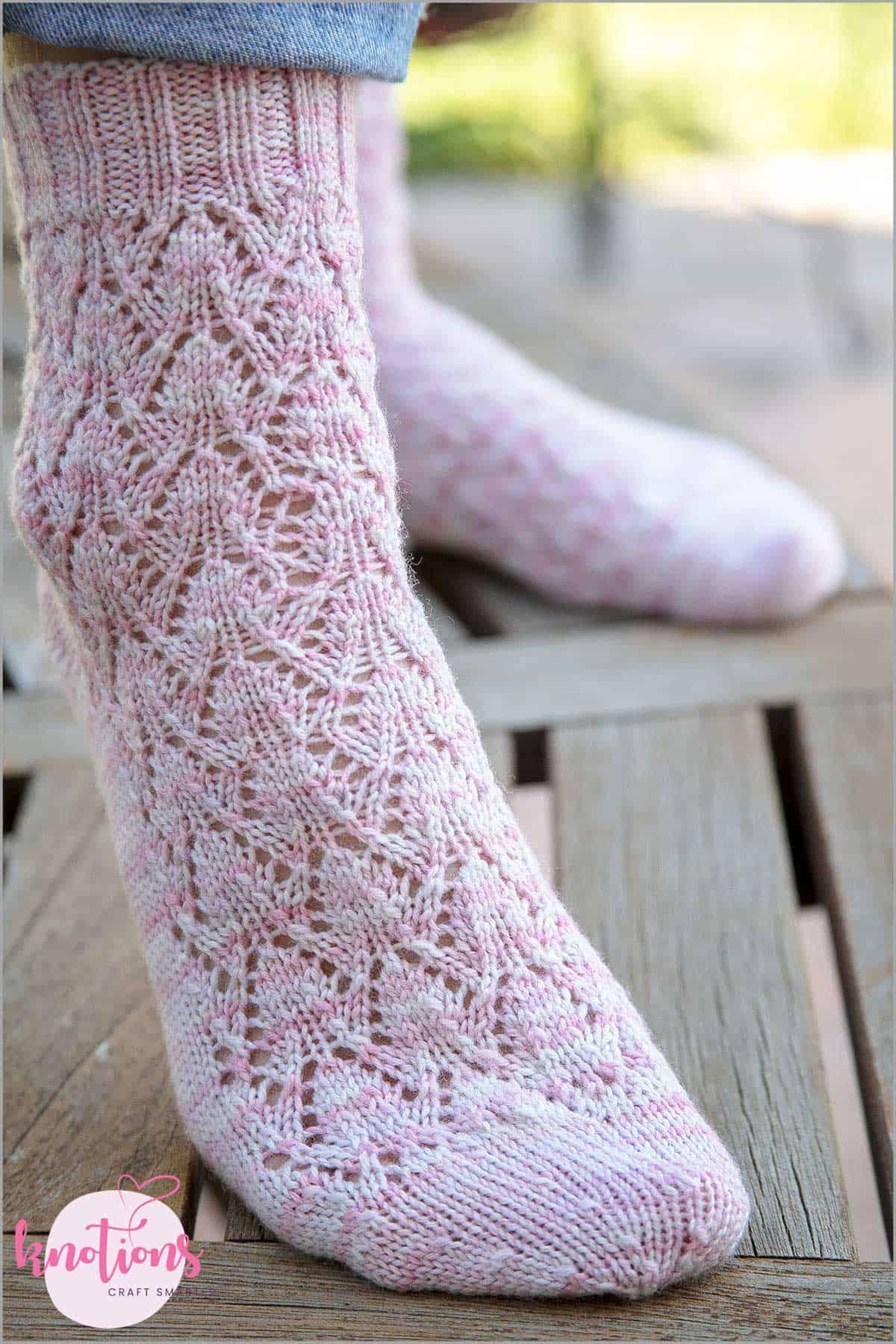 estonian-lace-socks-4
