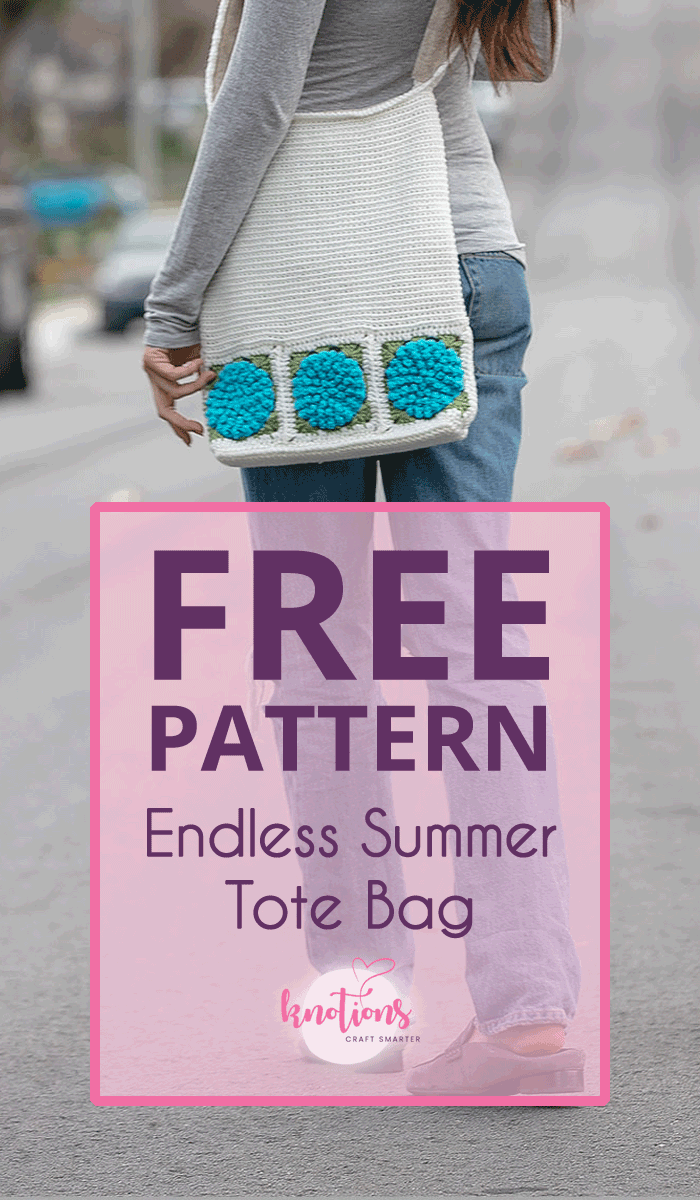 Free crochet pattern for a tote bag using hydrangeas along the bottom for a great floral flair! Shorten the height or width for a fun clutch or even a notions bag.