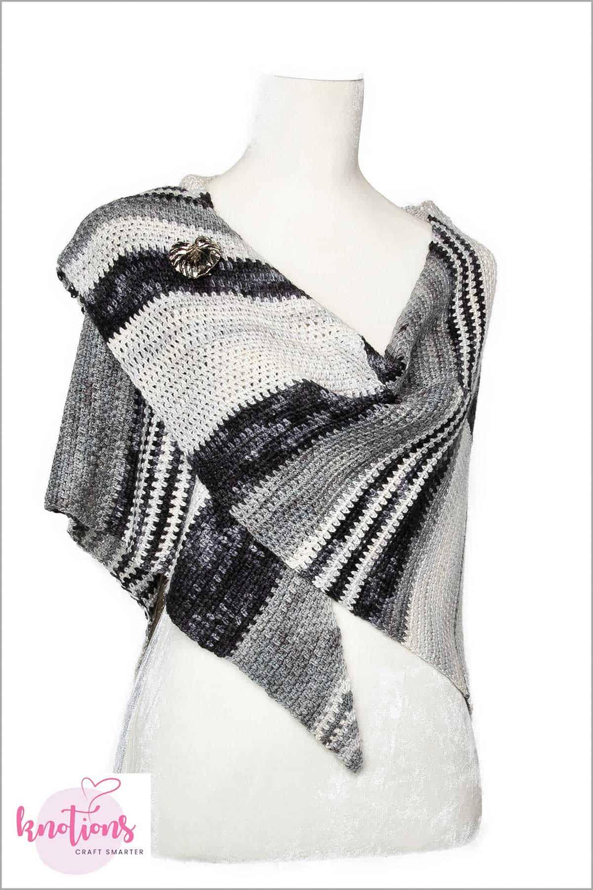 guntas-hook-shawl-3