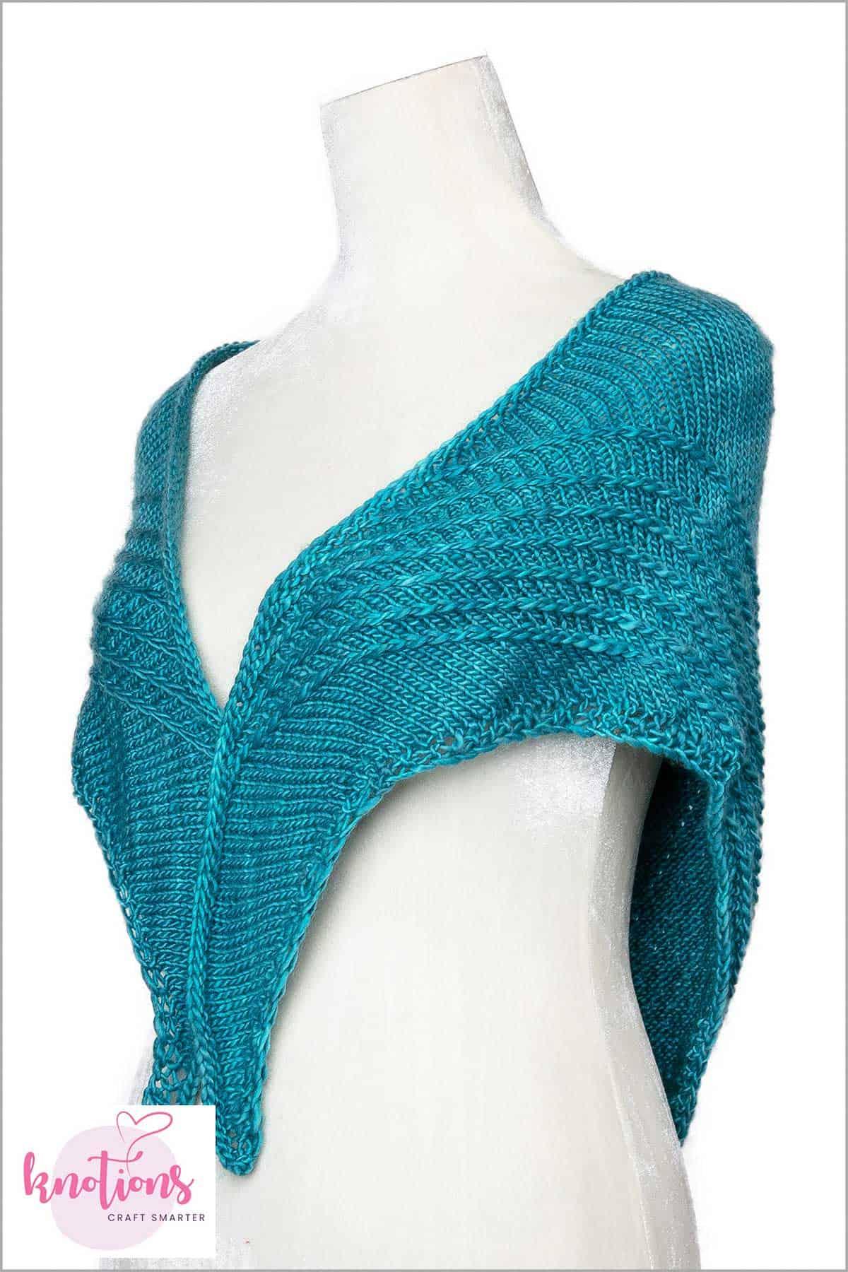 rib-vault-shawl-2