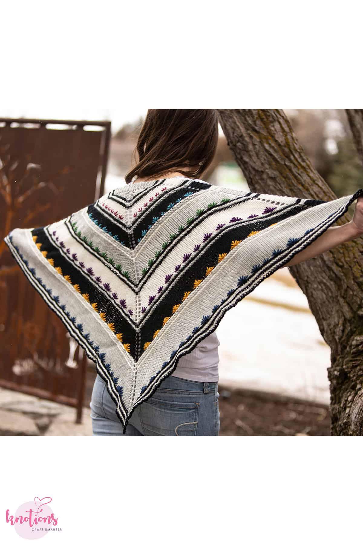 in-my-pretty-garden-shawl3