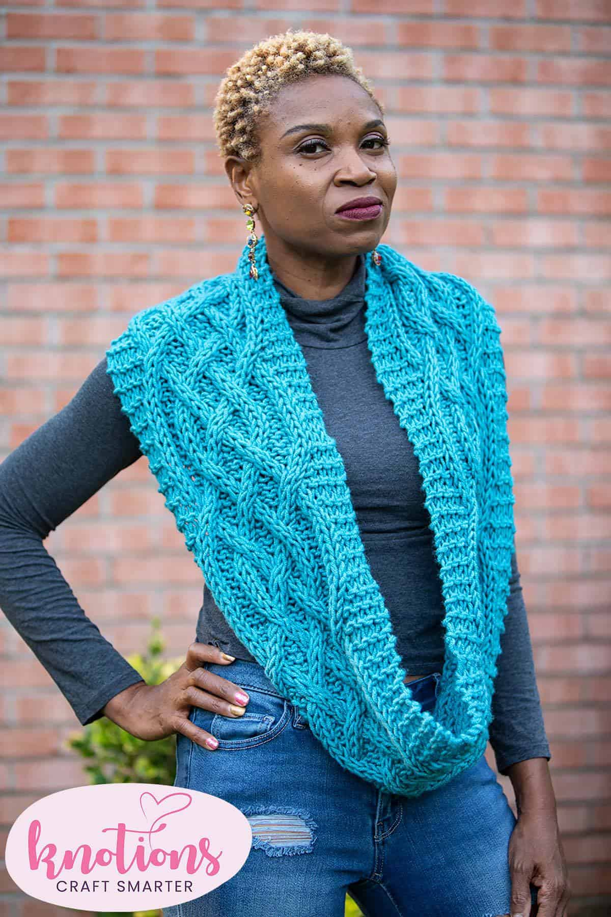 cozy-cabled-cowl-1