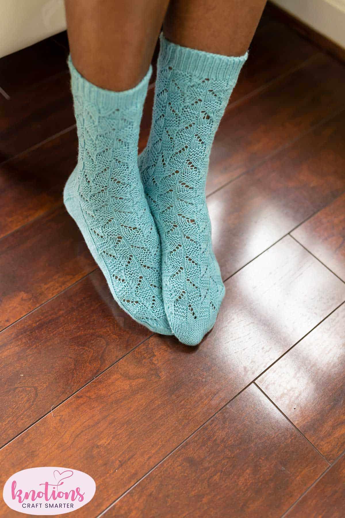 ar-lan-y-socks-2