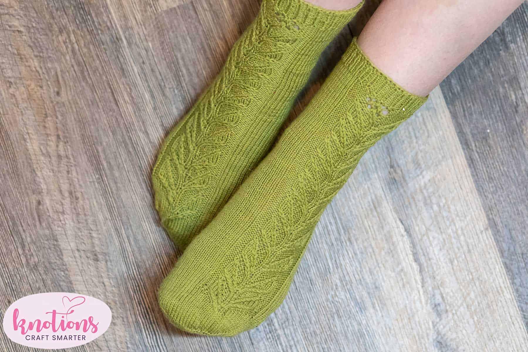 lonely-bloom-socks-1