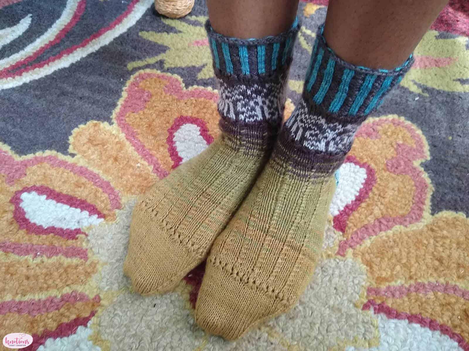 carved-wood-socks-6