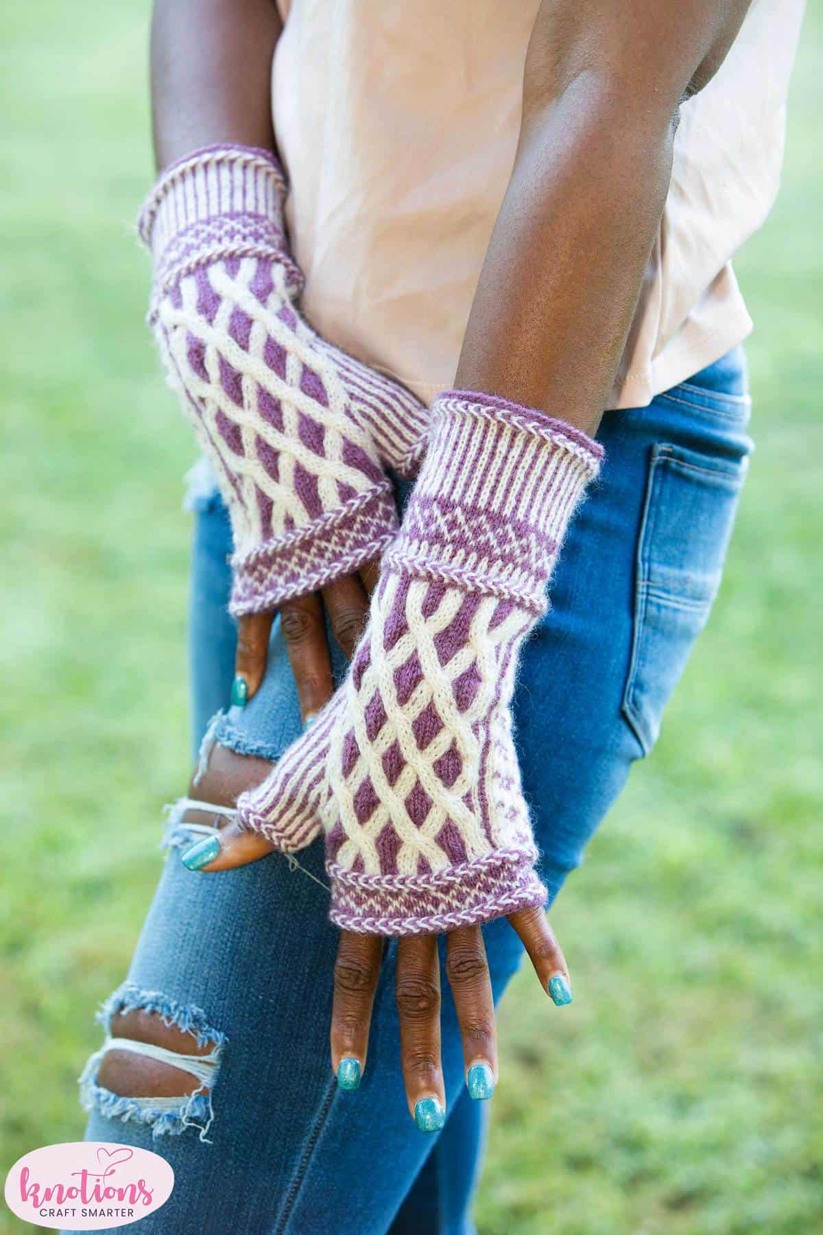 window-into-camelot-mitts-3