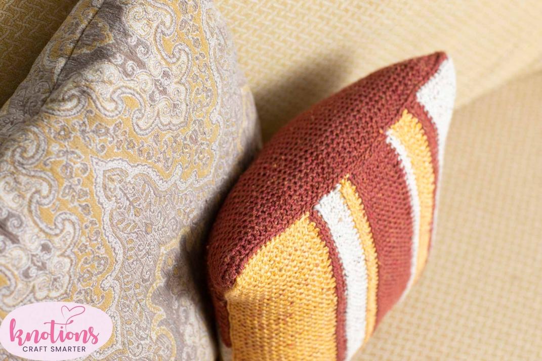 color-block-cushion-pillow-13